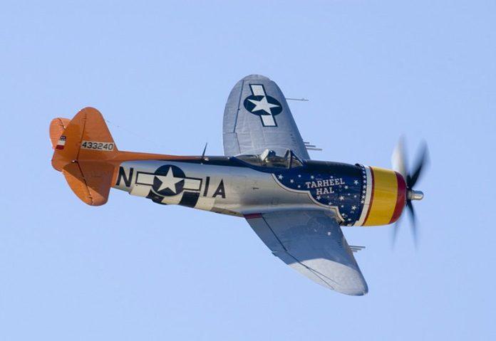 P-47 Thunderbolt que também tem asa elíptica, a FAB utilizou essa aeronave.
