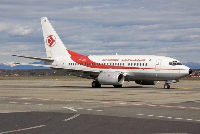 Boeing 737-600 da Air Algerie. Foto - Wikipédia