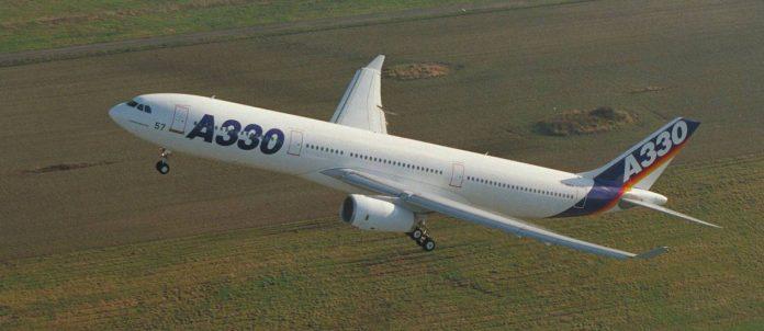 Airbus A330 o avião com a mesma fuselagem que usa apenas dois motores.
