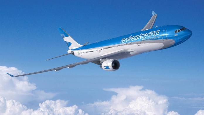 Aerolineas_argentinas_A330-200_wallpaper