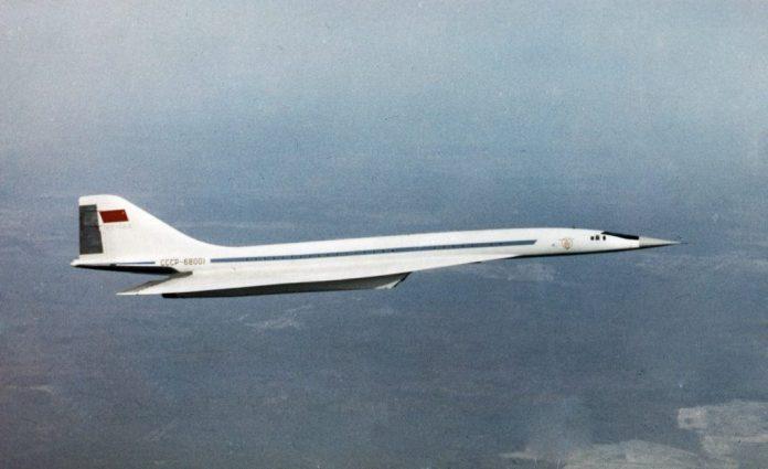 Tupolev 144.