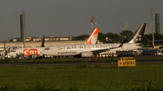 Aeronaves no Aeroporto de Porto Alegre.