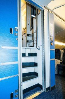 Escada de acesso. Foto - Blog KLM/Reprodução
