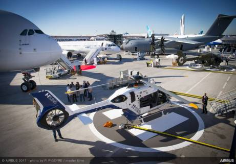 AIRBUS-ambiance-day1-PAS2017-016