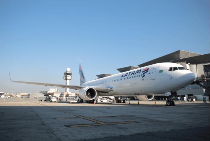 LATAM Airlines Brasil Portugal