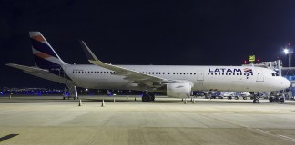LATAM Airlines Airbus A321