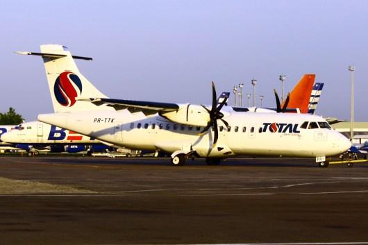 TOTAL ATR-42 PR-TTK MAO FOTO LUÍS ALBERTO NEVES 8