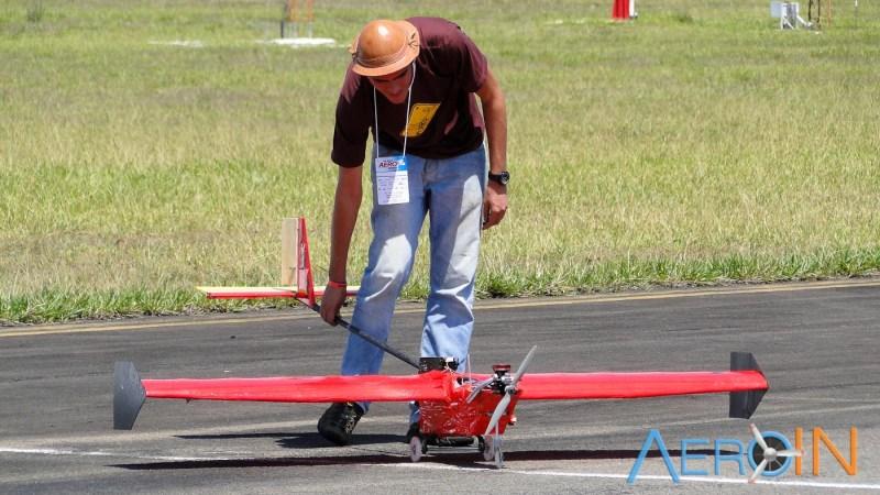 Aeronave da equipe Car-Kará (UFRN), campeã da classe Advanced no ano passado.