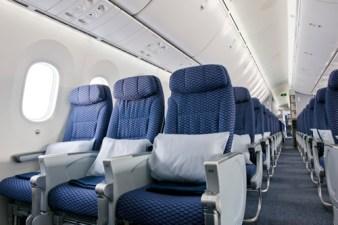 United-787-Dreamliner-Interior_1-medium