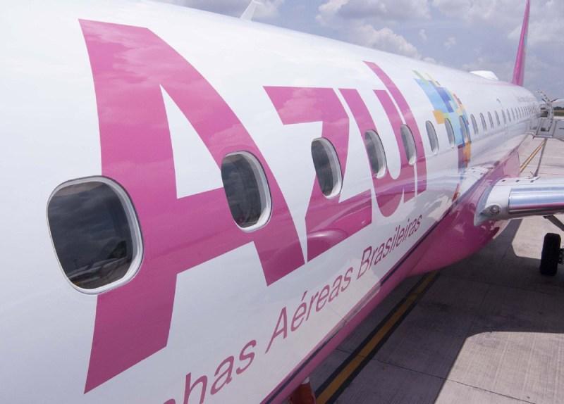 embraer-195-rosa-1383760551139