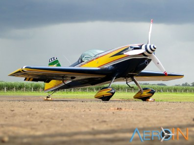 Aeroleme 2015 PU-LBN 02
