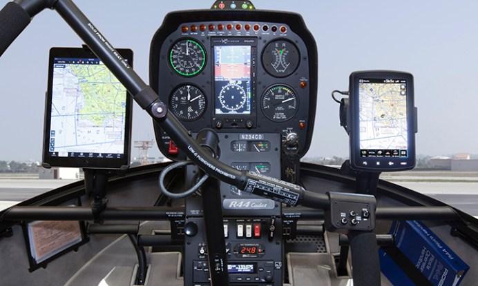 Cockpit R44 Cadet