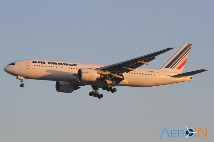 Air France 777 8764