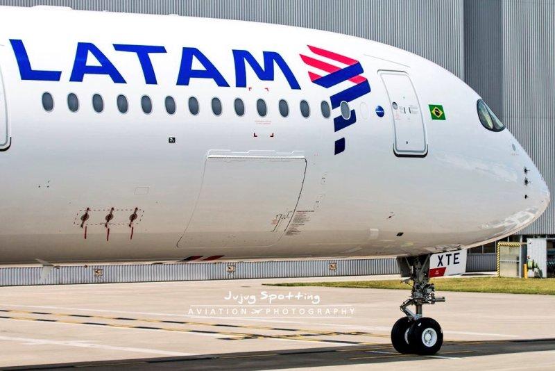 Airbus A350 LATAM XTE