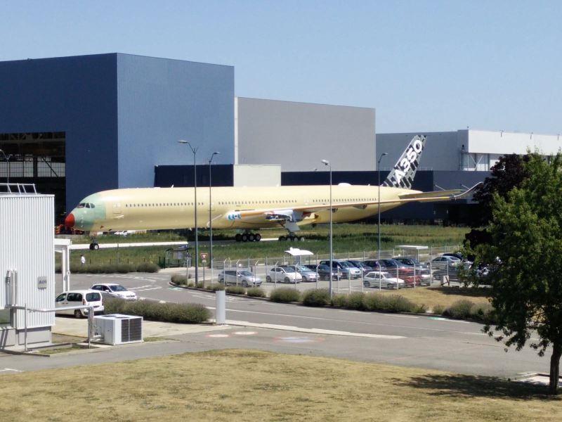 A350-100 Carbon