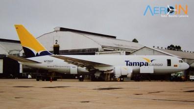 767-200F da Tampa Cargo, foi a primeira aeronave a ser convertida de passageiros para carga em Porto Alegre.