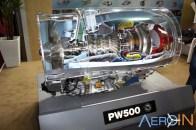 Planta do motor Pratt&Whitney chamava atenção dos presentes.