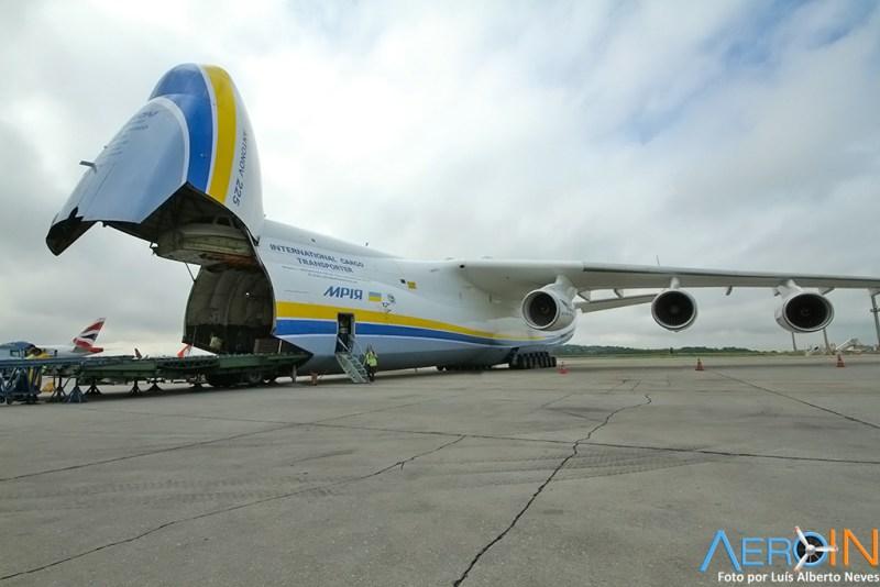 Antonov An-225 Mriya 16111502