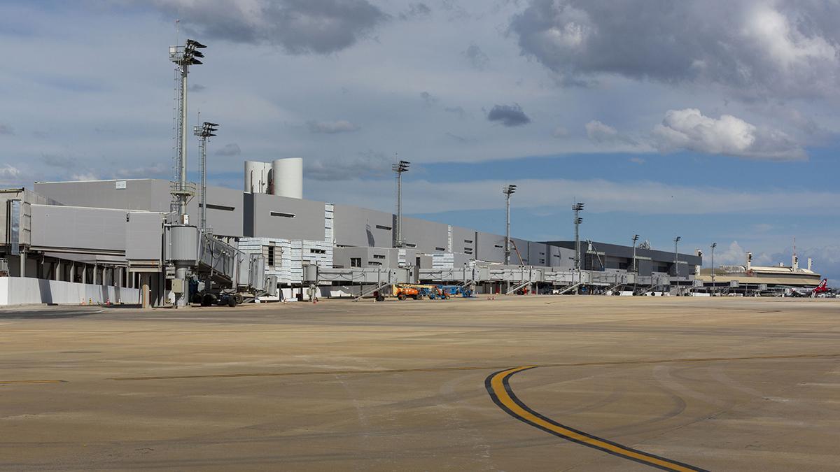 Começaram os voos internacionais no novo terminal do BH Airport.