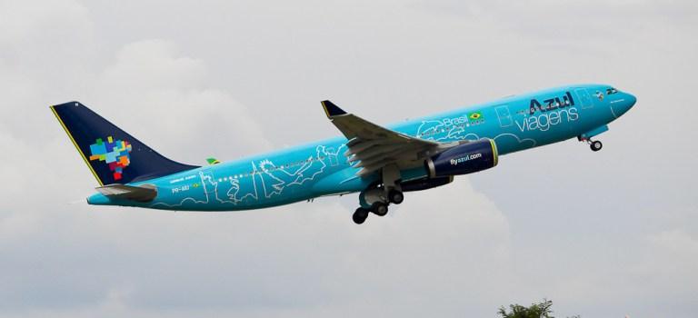 Avião Airbus A330-200 Azul Viagens