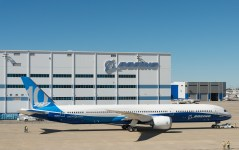 Avião Boeing 787-10 Rollout