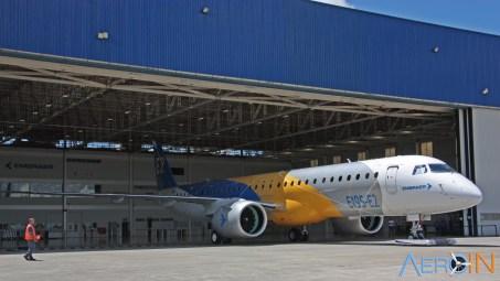 Embraer 195E2 8