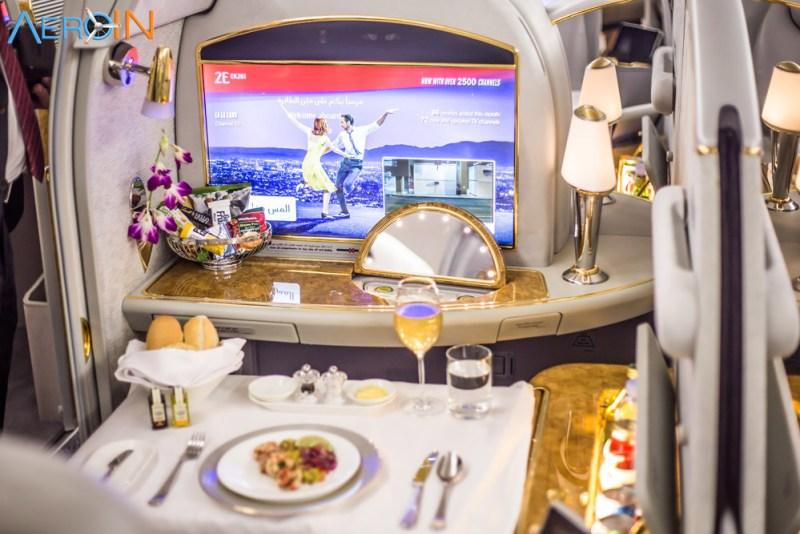 Avião Airbus A380 Emirates Primeira Classe