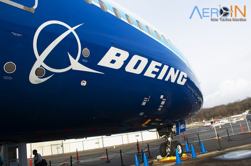 Boeing 787 logo