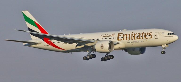 Avião Boeing 777-200 Emirates