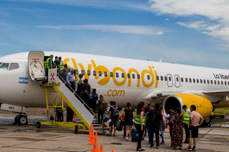 Avião Boeing 737 Flybondi