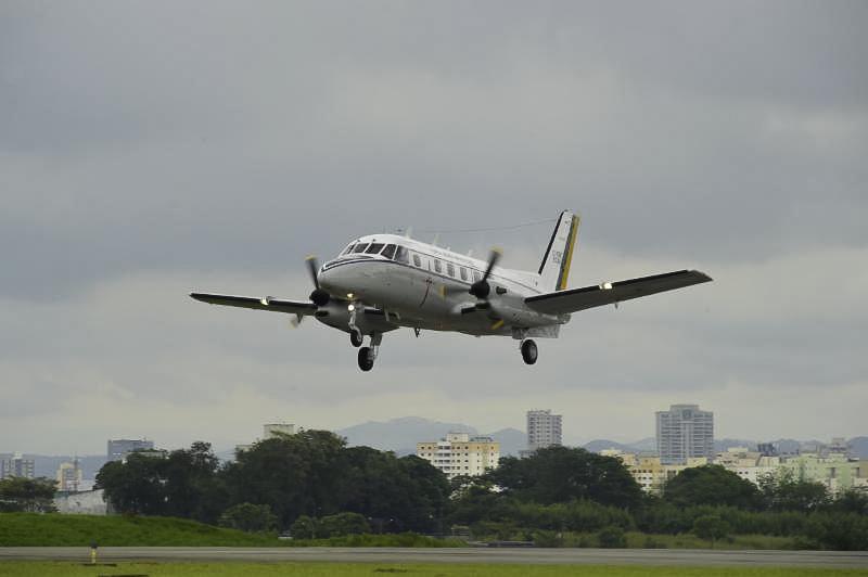 Avião Embraer 110 Bandeirante