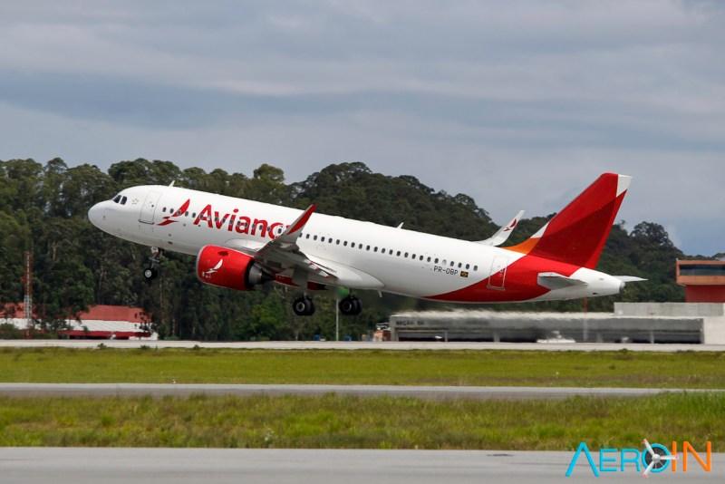 Avião Airbus A320neo Avianca