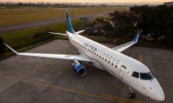 Avião Embraer E175 United Express