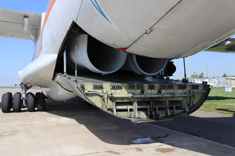 Kit instalado e pronto para uso no Ilyushin IL-76