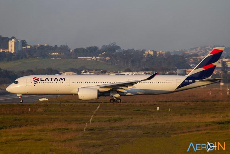 Airbus A350 da LATAM em GRU