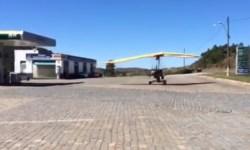 Vídeo Ultraleve Trike Posto Combustível