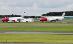 Aviões Boeing 787 Norwegian groundeados