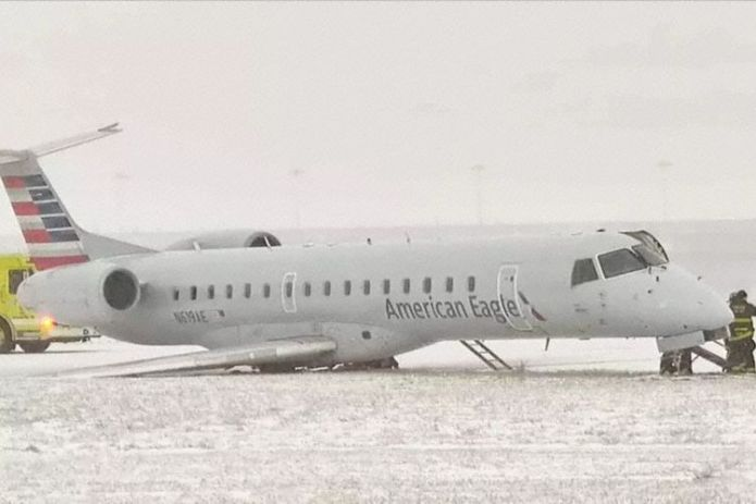 Envoy Embraer 145 N619AE Acidentado Chicago
