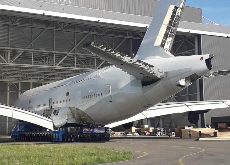 TARMAC Aerosave Primeiro A380 desmontado