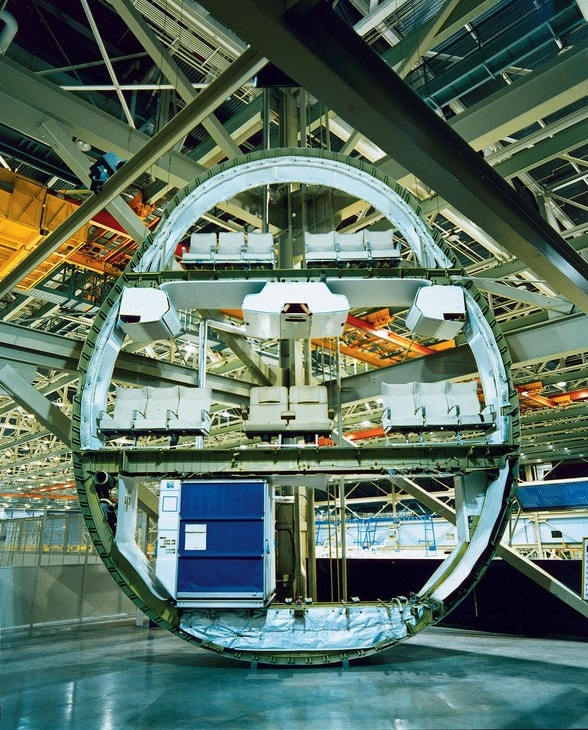 Boeing 747 cross section fuselagem por dentro