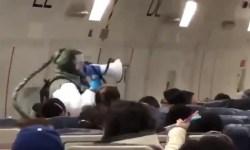 Cena Filme Interior Jumbo 747 Kalitta Wuhan