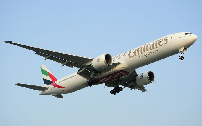 Avião Emirates Boeing 777-300ER