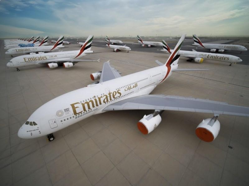 Emirates Frota Estacionada Aviões A380 777