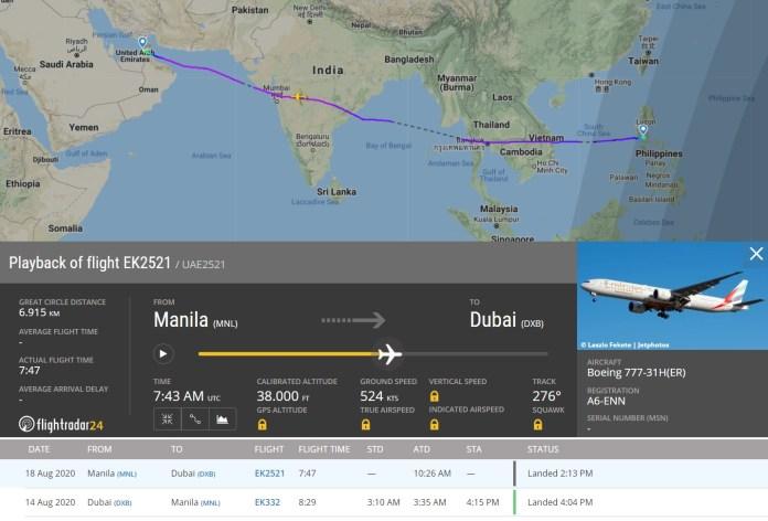 FlightRadar24 Voo 777 Emirates Porta Danificada