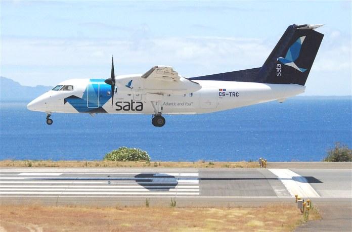 Avião Bombardier Dash 8-200Q SATA Air Açores