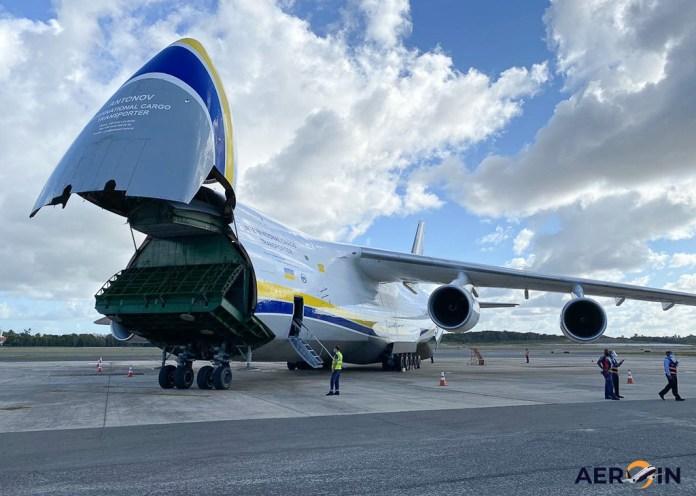 Avião Antonov AN-124 Salvador Bahia Airport