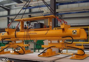 Vacuum lifter of Aerolift provided with a quick-change system