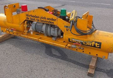 Electric driven vacuum lifter from the rental assortment of Aerolift
