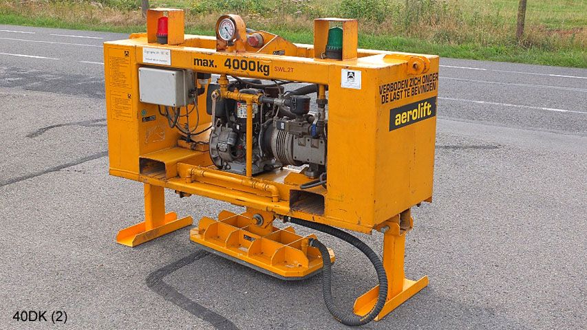 Small diesel driven vacuum handling device with a capacity of 4.000kg