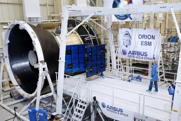 airbus-orion-esm-panneaux solaires-aeromorning.com